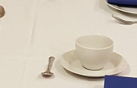 Hvid kaffe kop un