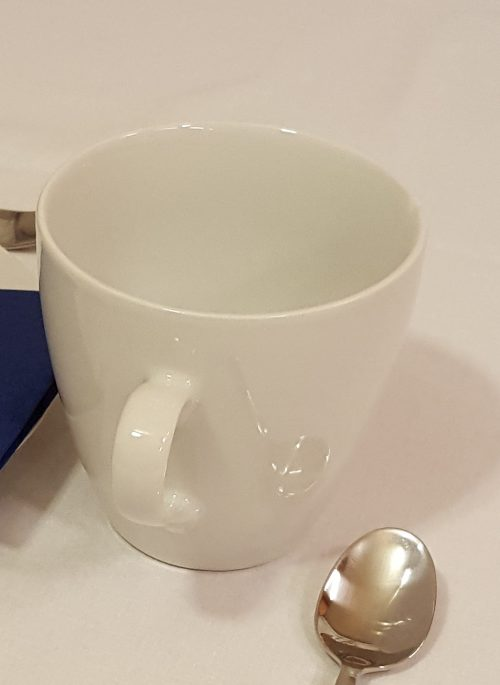 Hvid te kop